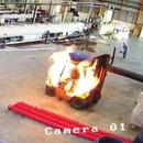 miniature pour Un chariot élévateur prend feu