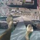 piscine-verre-toit-immeuble