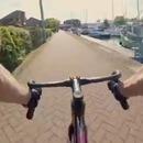 cycliste-prend-mur-virage