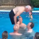 papy-salto-piscine