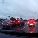 miniature pour Un accident de voitures fait tomber des piétons