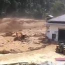 miniature pour Rupture du barrage d'une rivière au Laos