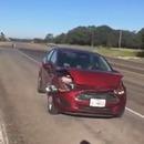miniature pour Chanter avec le klaxon de sa voiture accidentée