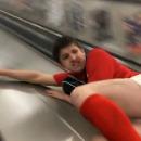 glissade-douloureuse-rampe-escalator