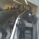 homme-avale-escalator-turquie