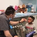 miniature pour Un dentiste fait de la magie à un enfant
