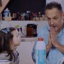 papa-bouteille-lait-peta