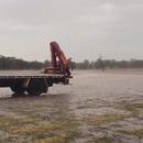 fermier-heureux-pluie