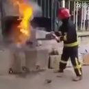 miniature pour Éteindre un feu avec du coca ?