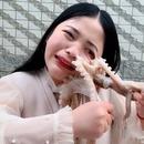 poulpe-visage-femme-manger