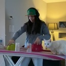 fille-dj-table-repasser