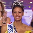 miss-france-2009-miss-albigeois-midi-pyrenees-chloe-mortaud