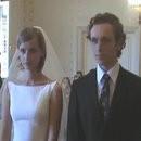 mari-violent-mariage-pub
