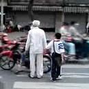 passage-pieton-encombre-motos