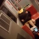 miniature pour Un couple qui baise dans le métro
