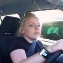 miniature pour Femme au volant, danger constant !