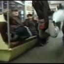 miniature pour Chevaucher un extincteur dans le métro