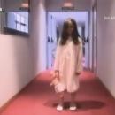 fille-fantome-couloir