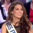 Laury Thilleman embrasse Armelle