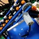 miniature pour Une usine de tri de balle en lego