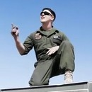 miniature pour Hold it against me par des Marines