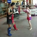 gamine-10-ans-gere-boxe