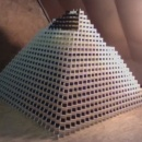 miniature pour La plus grande pyramide de dominos .. ou presque !