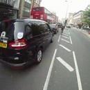 cycliste-ecrase-voitures