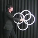 miniature pour Contact Juggling avec des cerceaux
