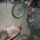 miniature pour Démonstration d'un vélo de cirque