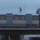 sauter-eau-train