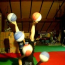 selyna-bogino-jongle-5-ballons
