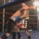 boxeur-ko-tout-seul