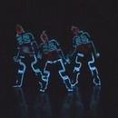 miniature pour Danse japonaise avec des costumes de TRON