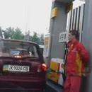 femmes-pompe-essence