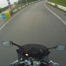 moto-chute-huile-route