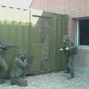 entrainement-militaire-ouvrir-porte-marteau