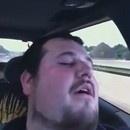 miniature pour Passager et conducteur dorment dans une voiture en mouvement