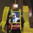 halloween-robot-power-loader-aliens-pilote-par-un-bebe