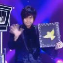 miniature pour Jaehoon Lim et ses oiseaux au Plus Grand Cabaret Du Monde.