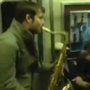 Battle de Saxophone dans le métro