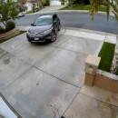 miniature pour Une voiture défonce une maison