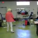 dame-90-ans-backflip