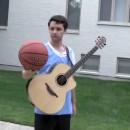 jouer-guitare-basket-meme-temps