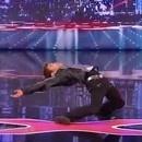 kenichi-ebina-danse-robot-matrix