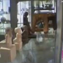 ancienne-statue-egyptienne-bouge-seule