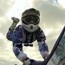 miniature pour Chute en moto à cause de sa caméra